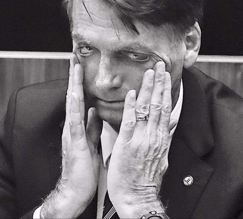Popularidade de Bolsonaro despenca: Cai 15 pontos, diz Ibope; o pior começo no Planalto