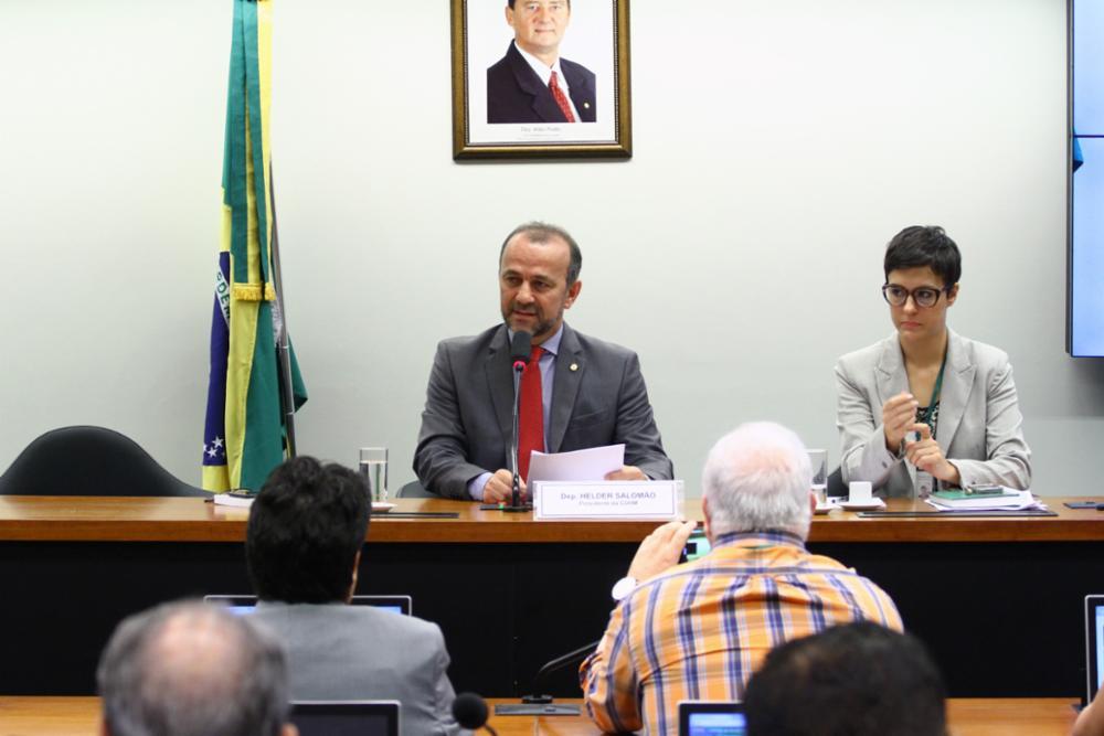 Presidente da CDHM anuncia: Comissão de portas abertas a todas as demandas da sociedade; veja vídeo
