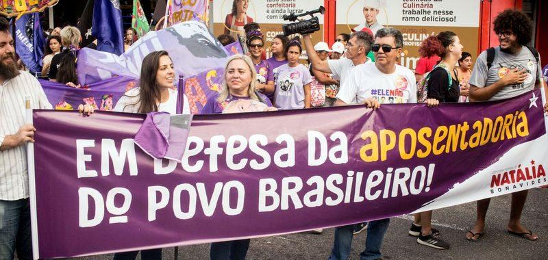Deputada faz paródia para explicar intenções de Bolsonaro com reforma de Previdência; veja o vídeo