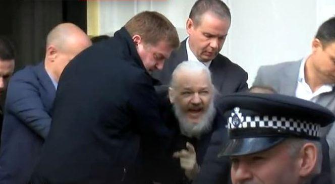 Lula: Prisão de Assange é um atentado à liberdade de expressão