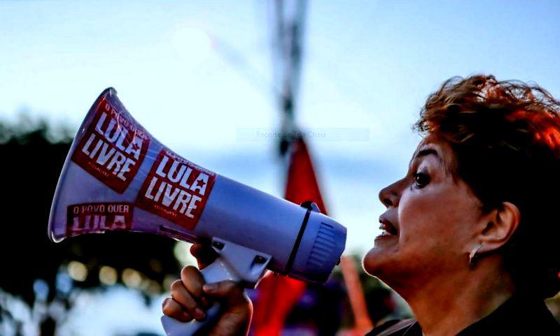 """Dilma: """"Lula, você é o símbolo da luta que todos nós travamos contra o neofascismo"""""""