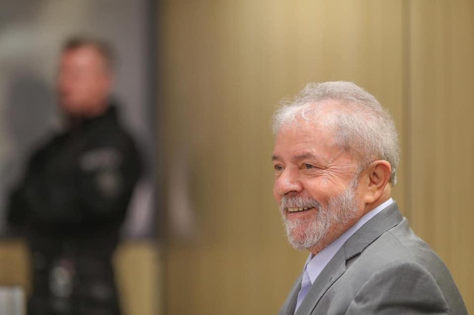 Lula disse que o Brasil é governado por bando de malucos. Mas será que ele não exagerou?