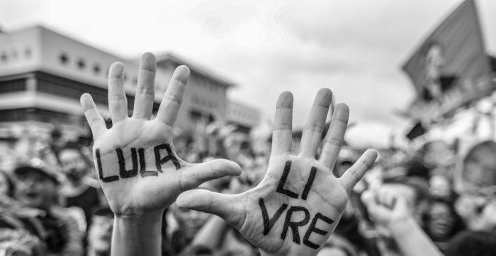 Lula ao jornal francês L'Humanité: Não abandonaremos a luta, até que os brasileiros voltem a ser felizes