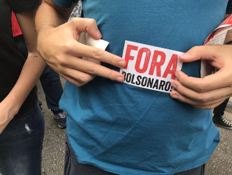 Tsunami da Educação termina com multidão na Candelária, no Rio; veja as imagens de protestos em sete capitais