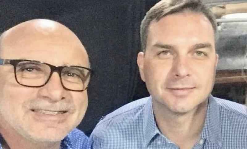 Pimenta: Moro vai prevaricar no caso de Flávio Bolsonaro?
