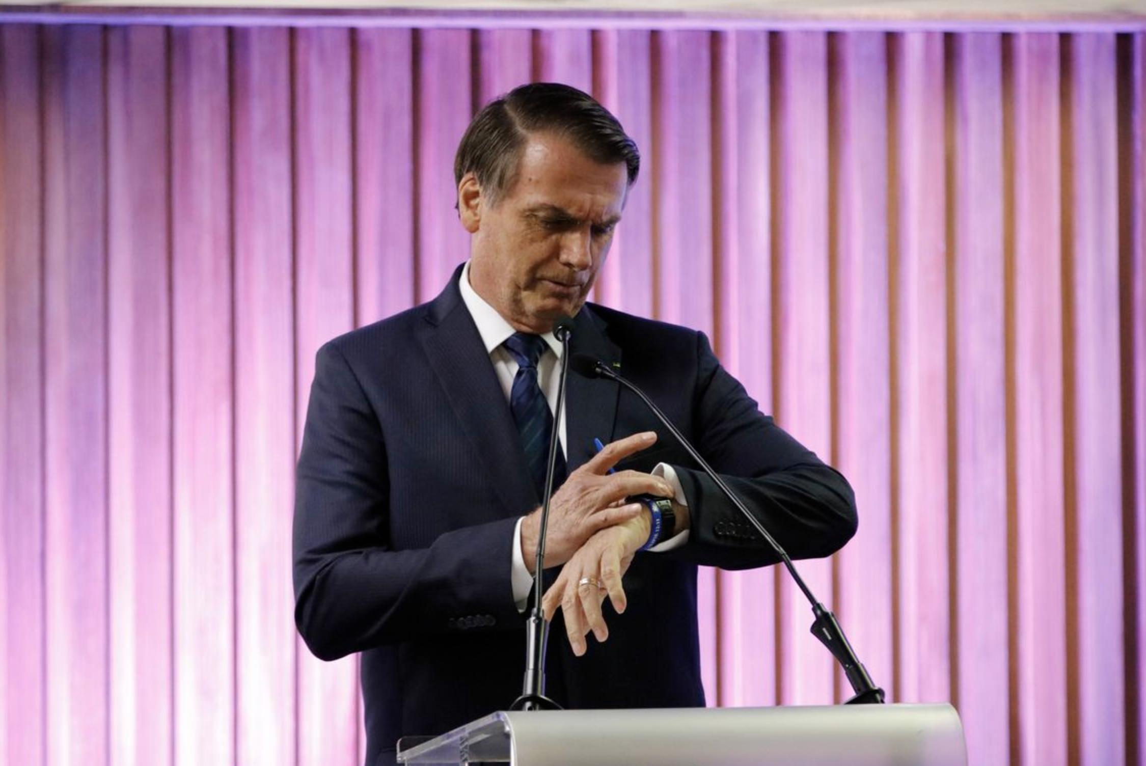 """O Estadão, que entende de quarteladas, adverte sobre Bolsonaro, """"o falso Messias"""""""