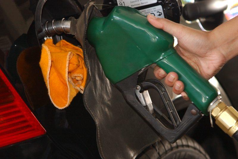 Enquanto o governo priorizar curto prazo, diesel e gasolina vão subir sem parar