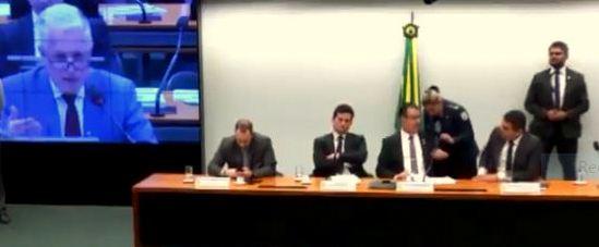 Rogério Correia a Moro: Cadê o Queiroz? Como vai combater o caixa 2 com o Coaf, se já perdoou o Onyx?; veja vídeo