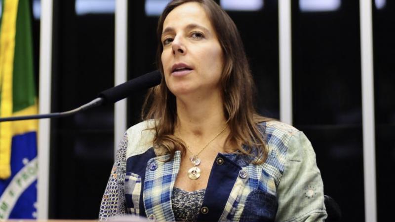 """Depois de escrever """"me ajuda, o que faço?"""", senadora tucana afirma que não fez pedido a Moro"""