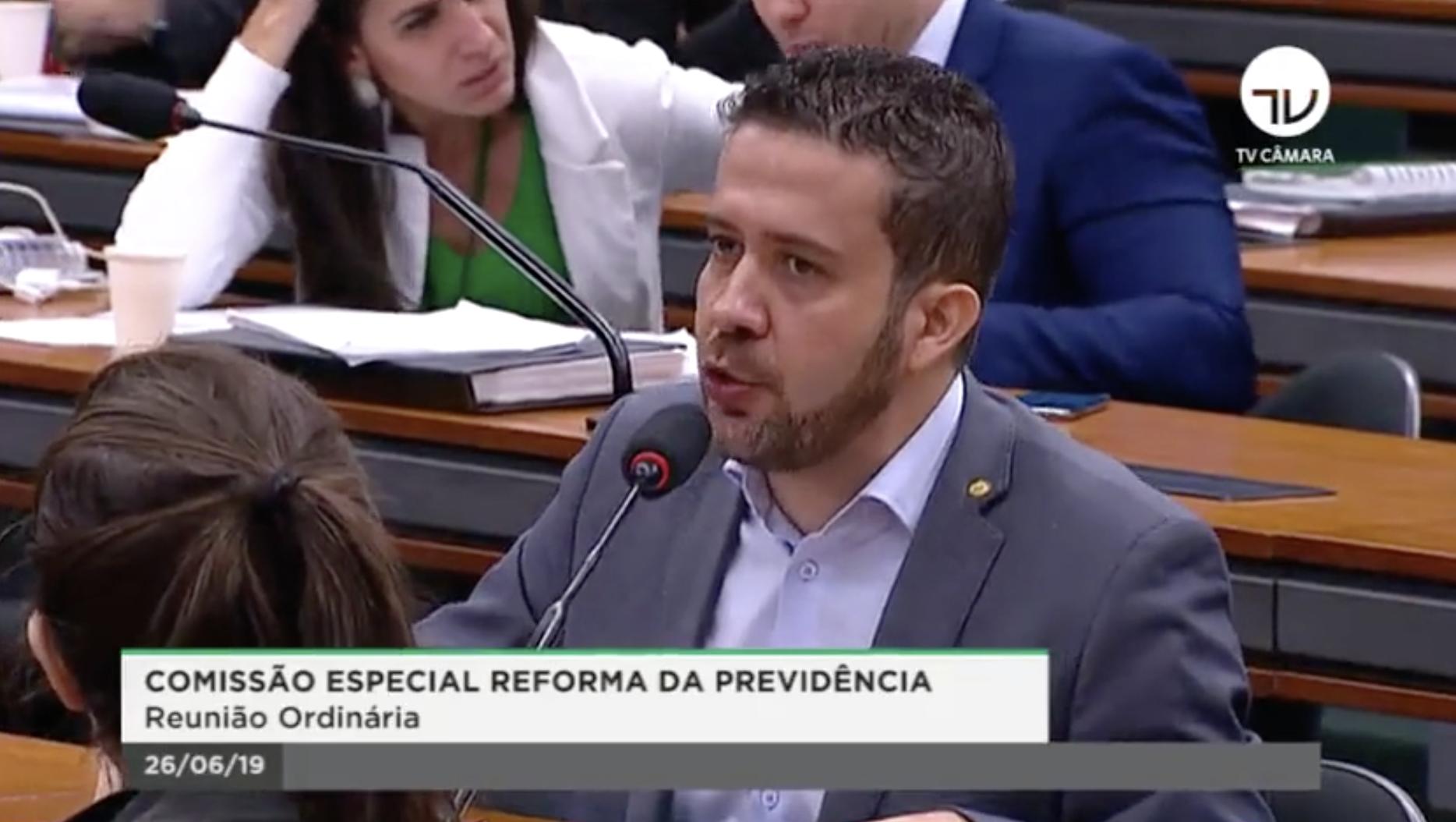 O desabafo do deputado André Janones sobre a reforma da Previdência: boquinha dos parlamentares será mantida; vídeo