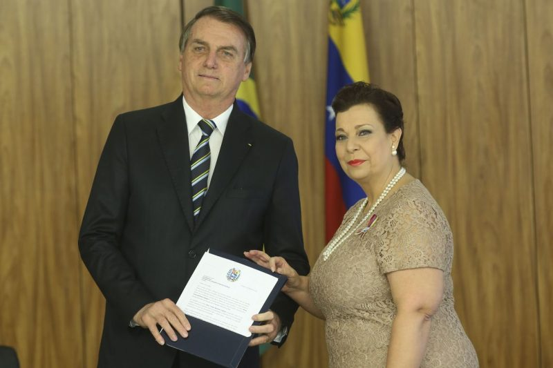Jeferson Miola: Embaixadora-fantasma de Guiadó agradece Trump por credenciamento no Brasil