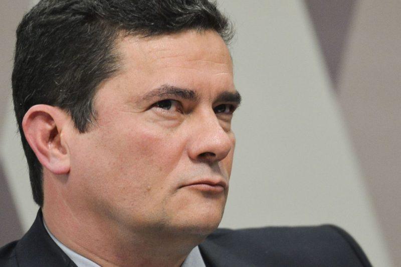 E se Moro tivesse sugerido a assessores de Lula que trocassem um advogado de defesa?