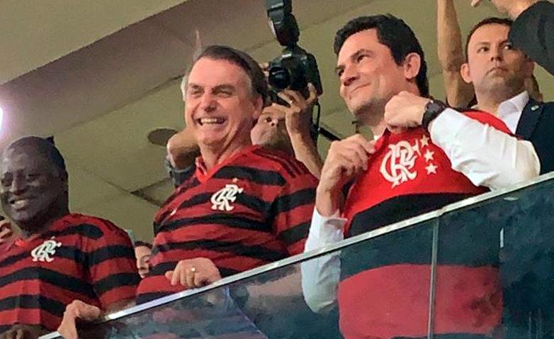 Já sabe que o Moro como ministro é um fantoche e às vezes capacho do Bolsonaro?