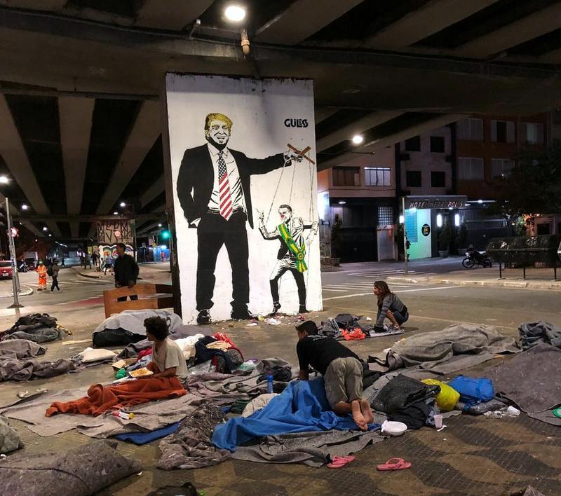 Que tristeza andar pela cidade, Lula! Há cada vez mais gente morando nas ruas!