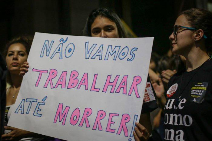Beatriz Cerqueira: Não adianta dar flores às mulheres e apoiar a reforma da previdência do Bolsonaro