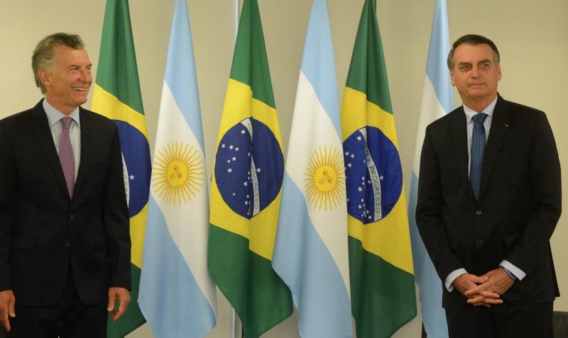 Macri toma surra de 15 pontos, é esmagado na província de Buenos Aires e Kirchner deve voltar ao poder na Argentina