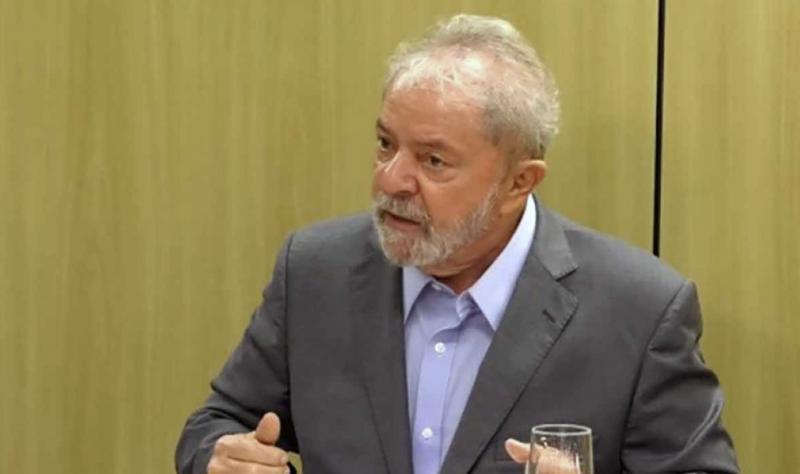 """Lula: """"Tudo o que está acontecendo no Brasil tem o dedo dos EUA"""""""