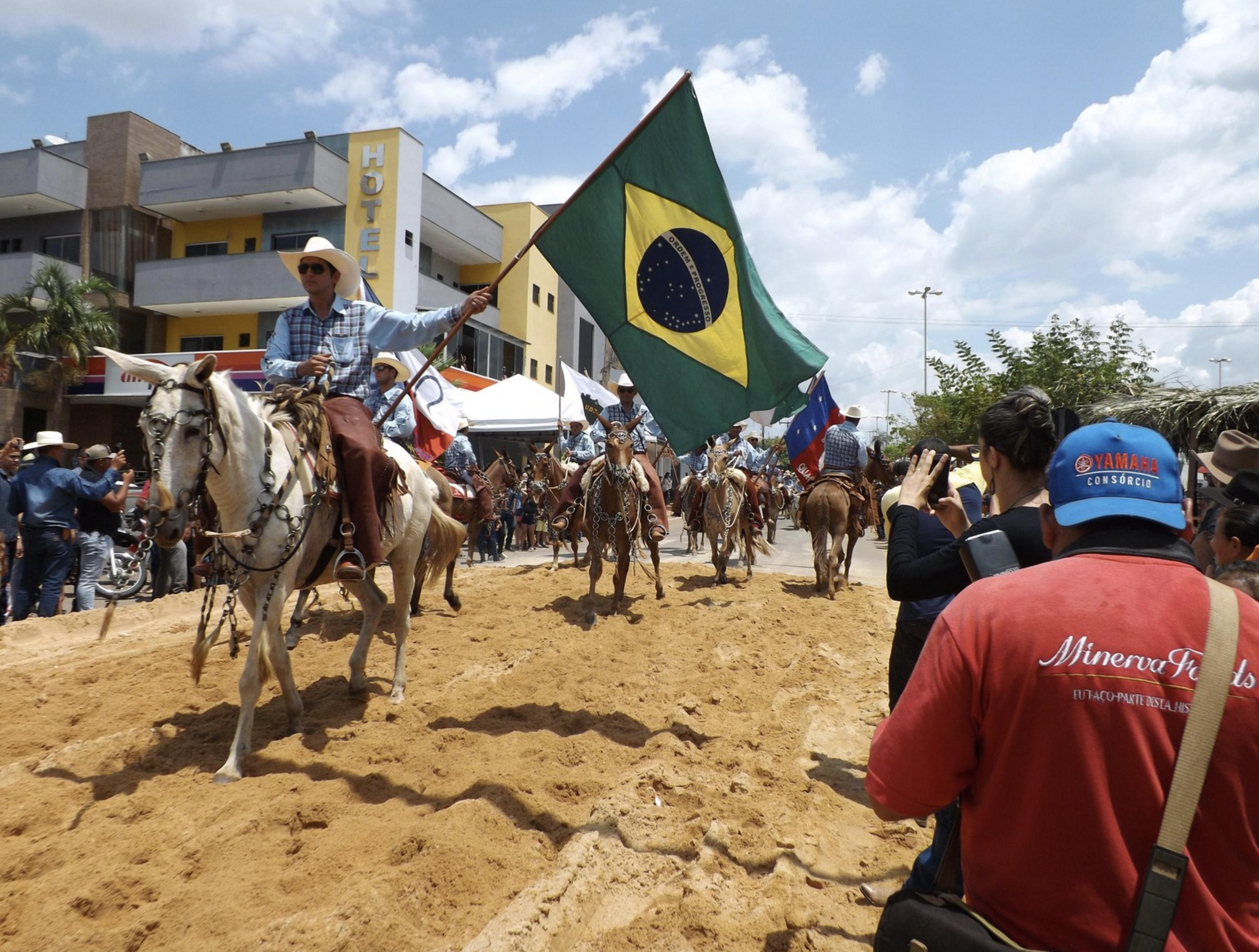 Dia do Fogo de Novo Progresso é apenas a prática do discurso de Bolsonaro