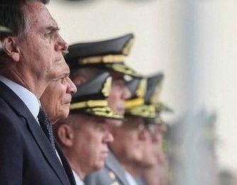 José Dirceu: Estamos, de novo, às portas de mais uma ditadura militar; só não vê, quem não quer