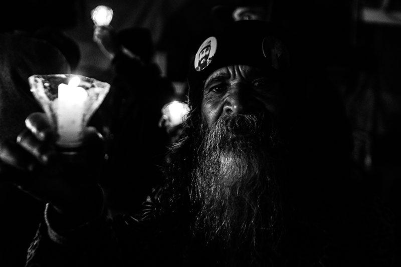 Toda sexta, militantes se juntam por justiça em Curitiba: Luzes para Lula; fotos