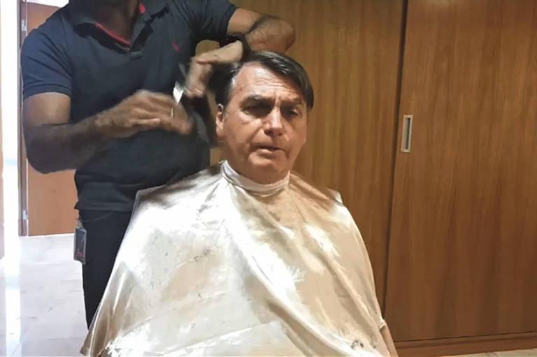 Datafolha mostra que Bolsonaro encolheu, depois da crise da Amazônia e de aparentemente relinchar