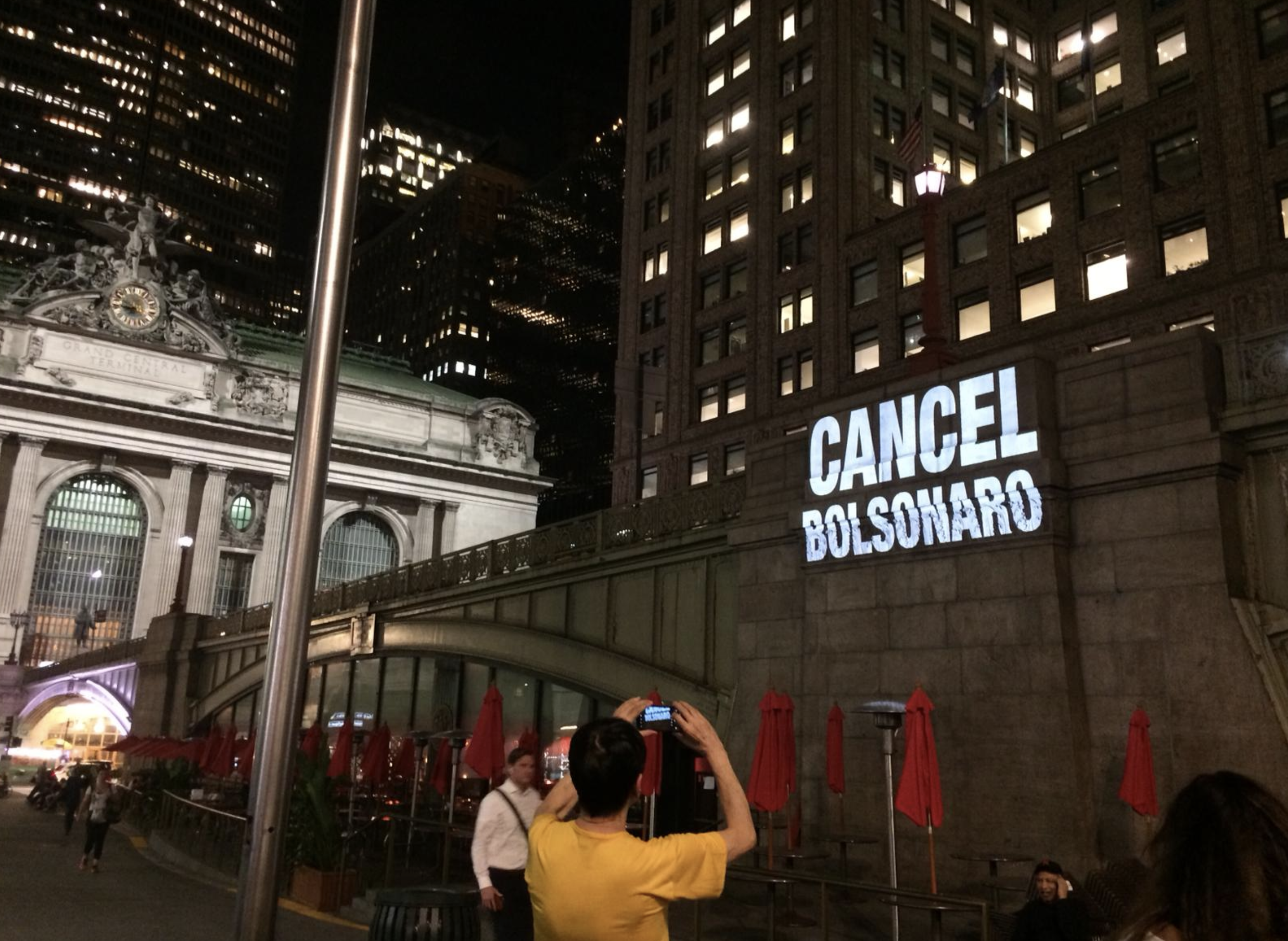 Rebelião X enfrenta Bolsonaro em NY: entenda como desinformação tornou iminente o risco de boicote econômico ao Brasil