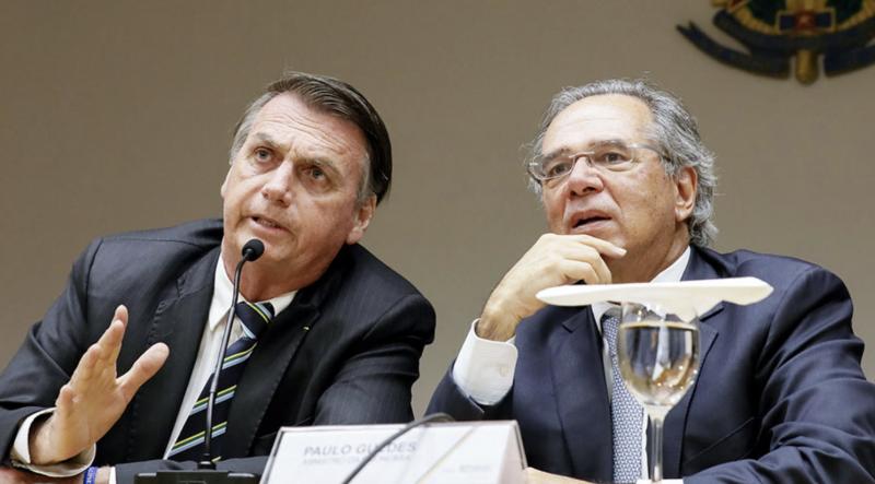 Com apoio de robôs de Bolsonaro, reforma da Previdência passa por 17 a 9 — fazendo promessa mentirosa de criar 8 milhões de empregos