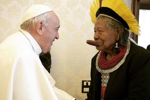 Víctor Codina: O que incomoda no Papa Francisco é que sua teologia não é colonial, mas incomoda o Norte rico do mundo