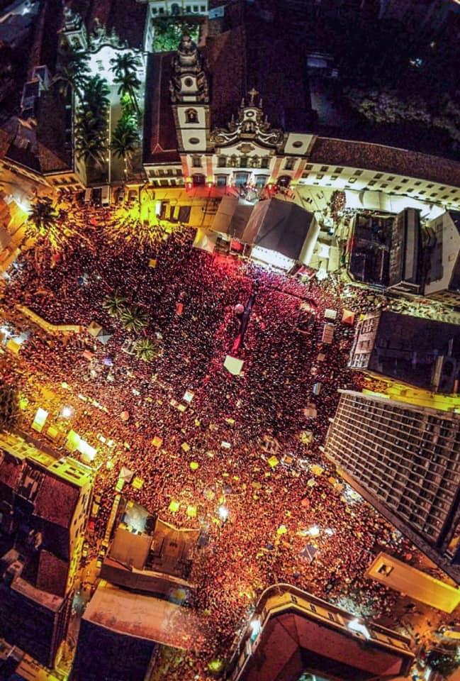 Lula, à multidão no Recife: A luta agora será para libertar o Brasil desse bando de milicianos que tomou conta do país; vídeo