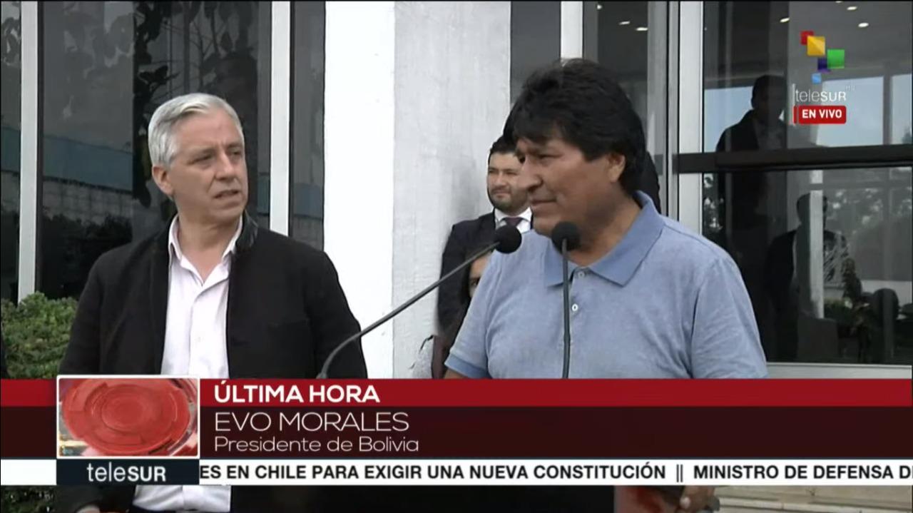 Presidente Evo Morales e o vice Alberto Garcia Linera chegam ao México; acompanhe