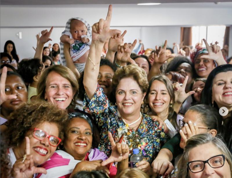 """Dilma ao Estadão, que disse que seria """"muito difícil"""" escolher entre Haddad e Bolsonaro: A imprensa fez vista grossa ao crescimento do neofascismo"""