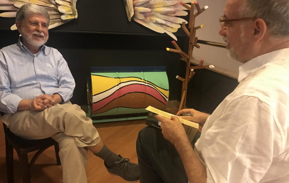 Celso Amorim: Governo Lula evitou racha na Bolívia, mas agora Brasil apoia governo que atira primeiro, pergunta depois e pode causar guerra civil