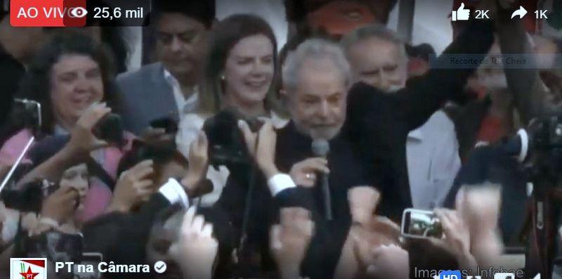 Lula Livre de volta aos braços do povo; veja como foi