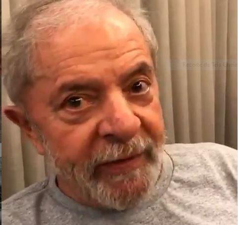 Lula: A juventude não vive se não tiver prazer, motivação de vida. É isso que temos que oferecer a vocês; vídeo