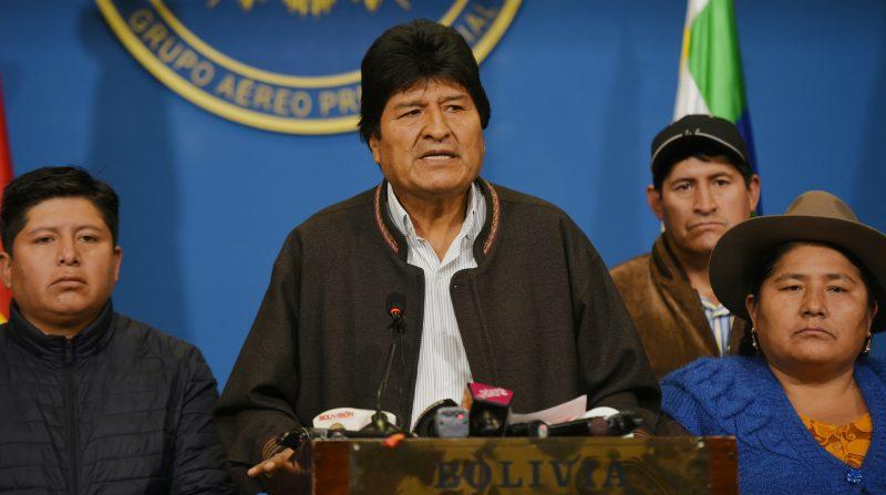 Atilio Boron: Na Bolívia, Exército se omitiu para permitir o golpe dos milicianos contra presidente constitucional em exercício