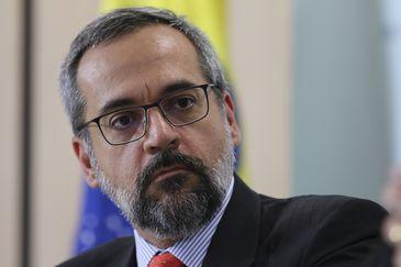 Erros no Enem: PT entra com ação popular contra Weintraub para garantir direitos de estudantes; íntegra