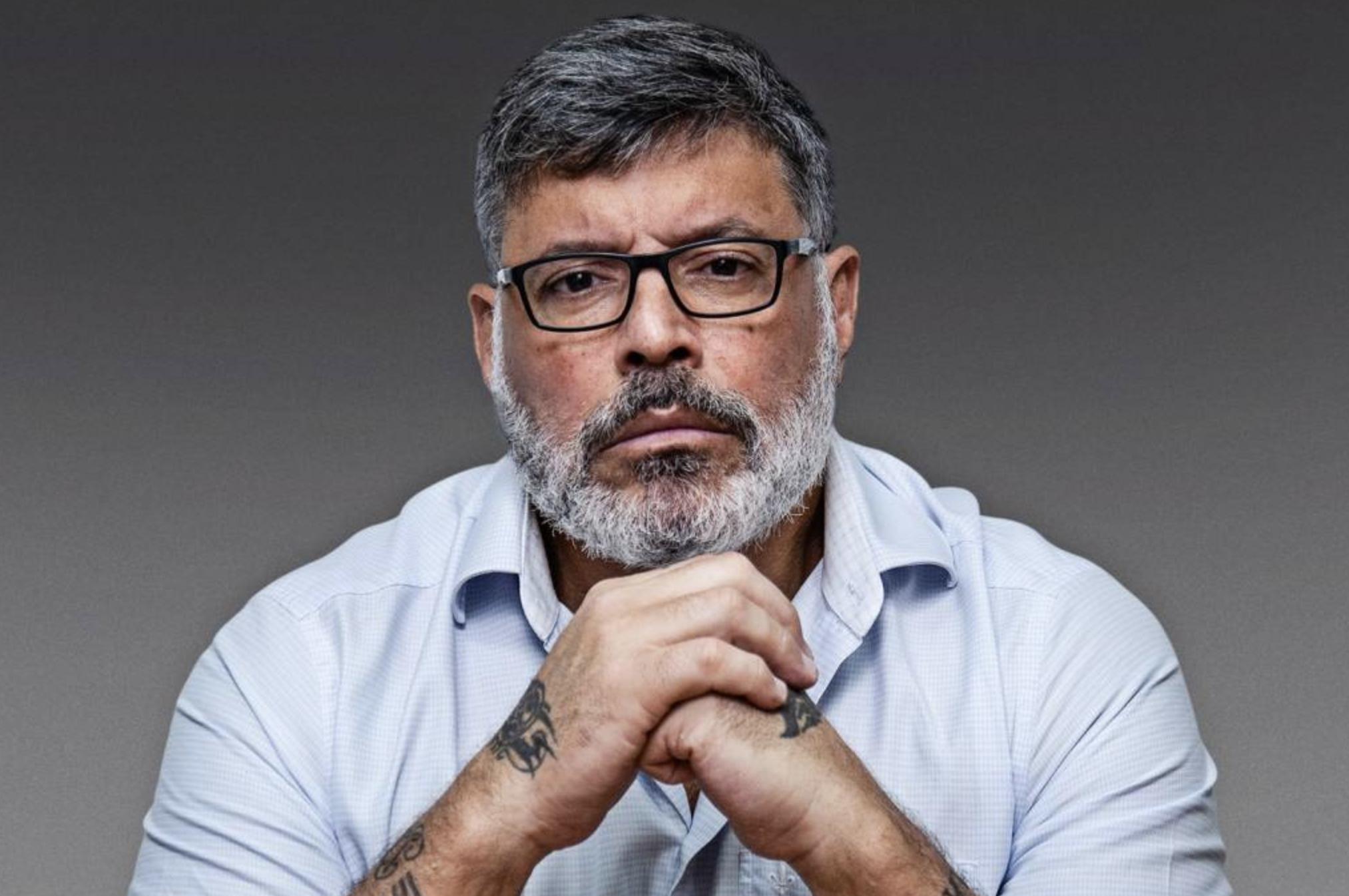 Ainda magro de seguidores, Frota replica até denúncia de petista contra ex-aliado Bolsonaro, que reina nas redes sociais acima da Globo