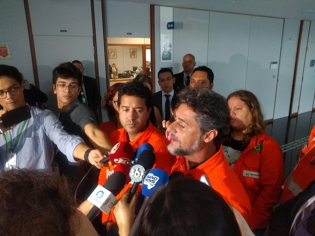 Petroleiros fecham acordo com a Petrobrás e encerram histórica greve de 20 dias; notas e vídeo