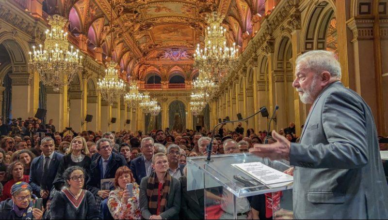 Como foi a entrega do título de cidadão honorário a Lula em Paris; vídeo