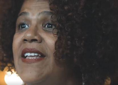 Professora da Universidade Federal do PR é alvo de racismo em mercado de Curitiba; ela fez BO e irá às últimas consequências; vídeo e fotos