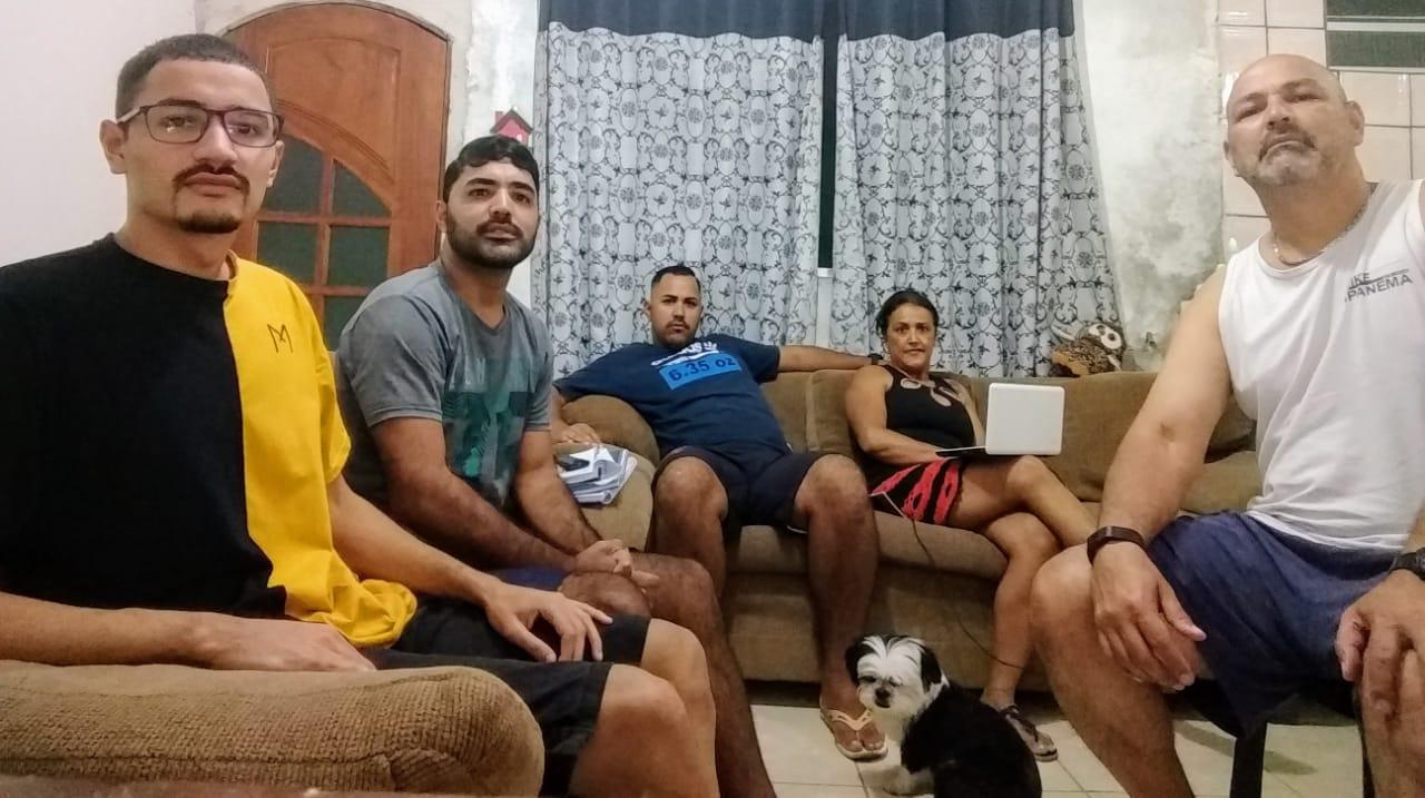 """Marcos Hermanson: Famílias da periferia sentem o peso da quarentena; """"são dias tensos, apavorantes"""""""