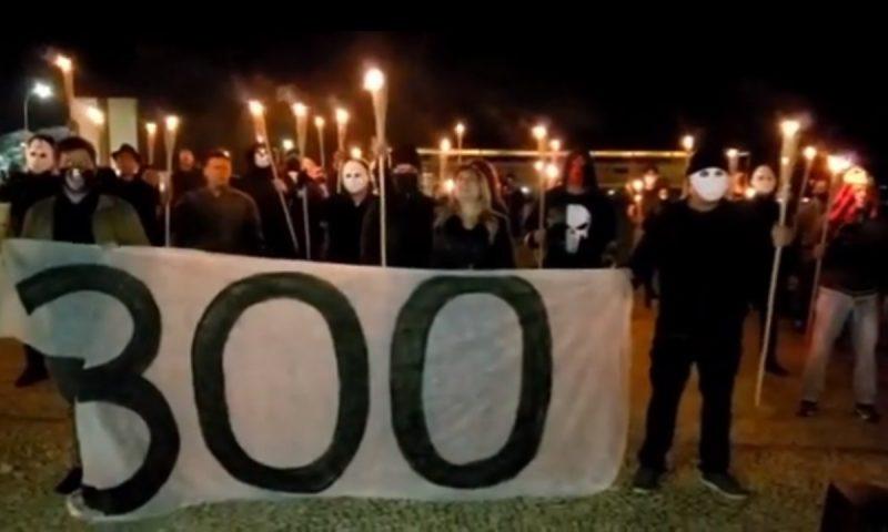 """PT vai ao STF contra ações do grupo dos """"300 do Brasil"""" contra a democracia  e culto ao nazismo e racismo"""