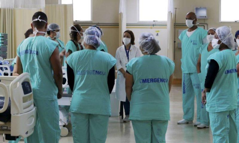 Conselho: Ao insuflar população contra profissionais de saúde, Bolsonaro age de forma irresponsável e mantém a sua postura genocida; nota