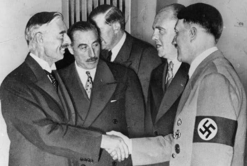 Roberto Bueno: O enorme risco de ser complacente com o fascismo