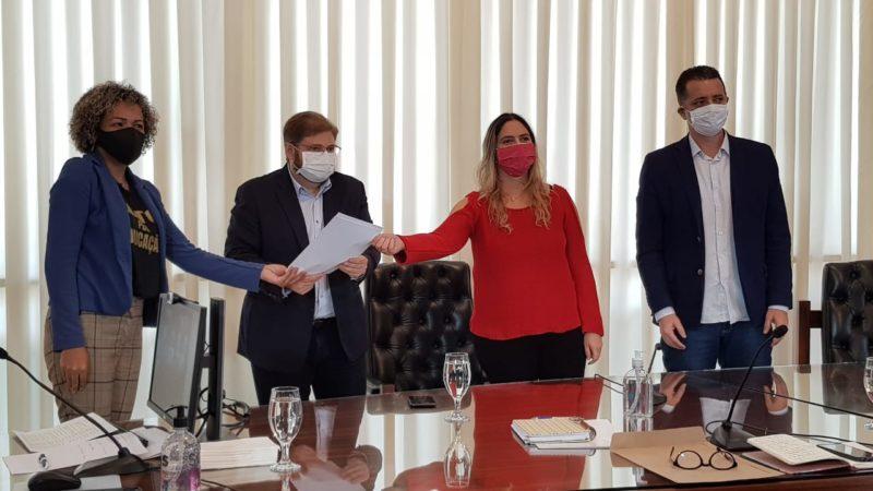 Beatriz Cerqueira: Zema não se reuniu com servidores para tratar da Previdência; vídeo