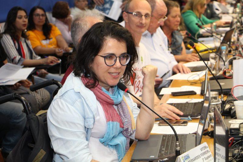 Vitória Bernardes: Na pandemia, quem protege as pessoas com deficiência?