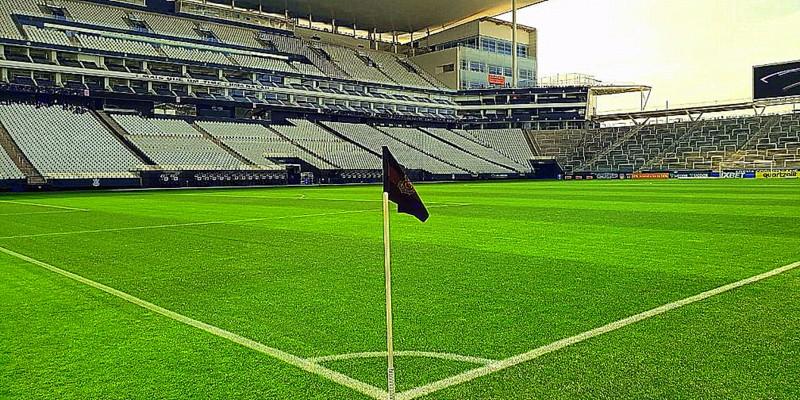 Nicolelis sobre o clássico Corinthians vs Palmeiras no Itaquerão: 'Dérbi durante a pandemia!? Mas que dérbi?'