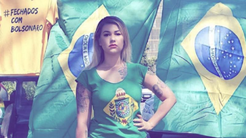 PT repudia ação de fanáticos e deputada representa contra Sara Giromini