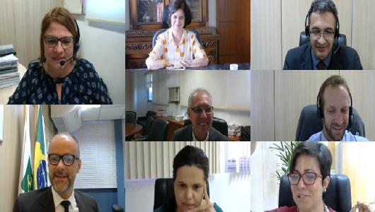 Covid-19: Fiocruz e Anvisa realizam primeira reunião tratar do registro da vacina
