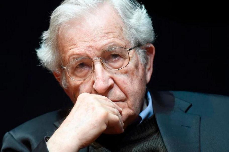 Noam Chomsky:  O destino da humanidade está literalmente em risco, rumo à extinção